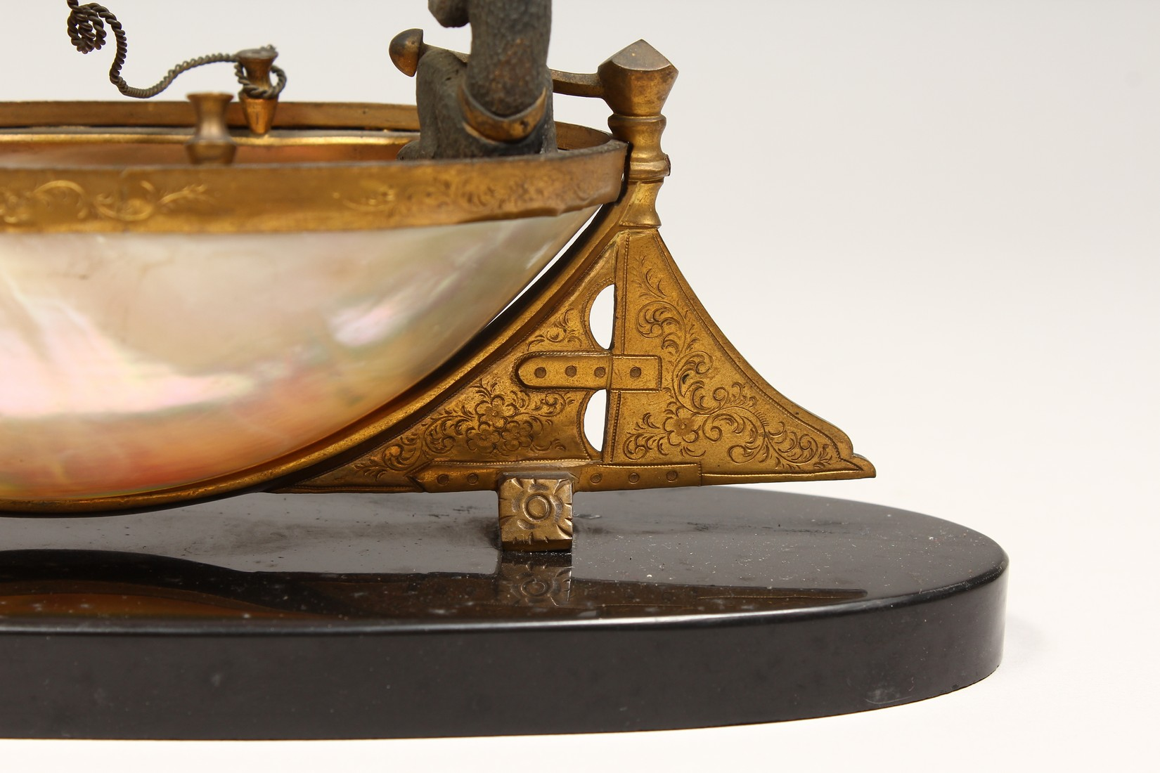 AN UNUSUAL LATE 19TH CENTURY FRENCH ORMOLU MOUNTED SHELL, mounted as a small sailing dinghy, a - Image 5 of 6
