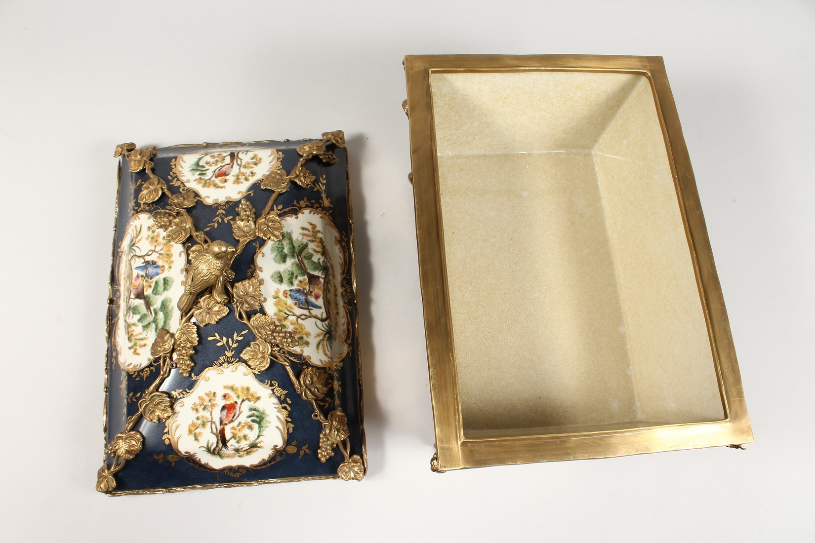 A DECORATIVE PORCELAIN AND ORMOLU MOUNTED SEVRES STYLE CASKET AND COVER. 15ins long - Image 3 of 5