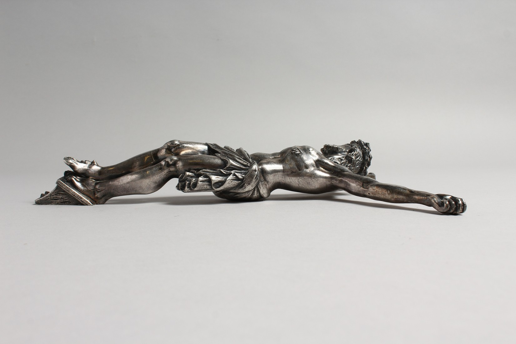 A CAST AND SILVER PLATED CORPUS CHRISTI 12ins high - Image 3 of 3