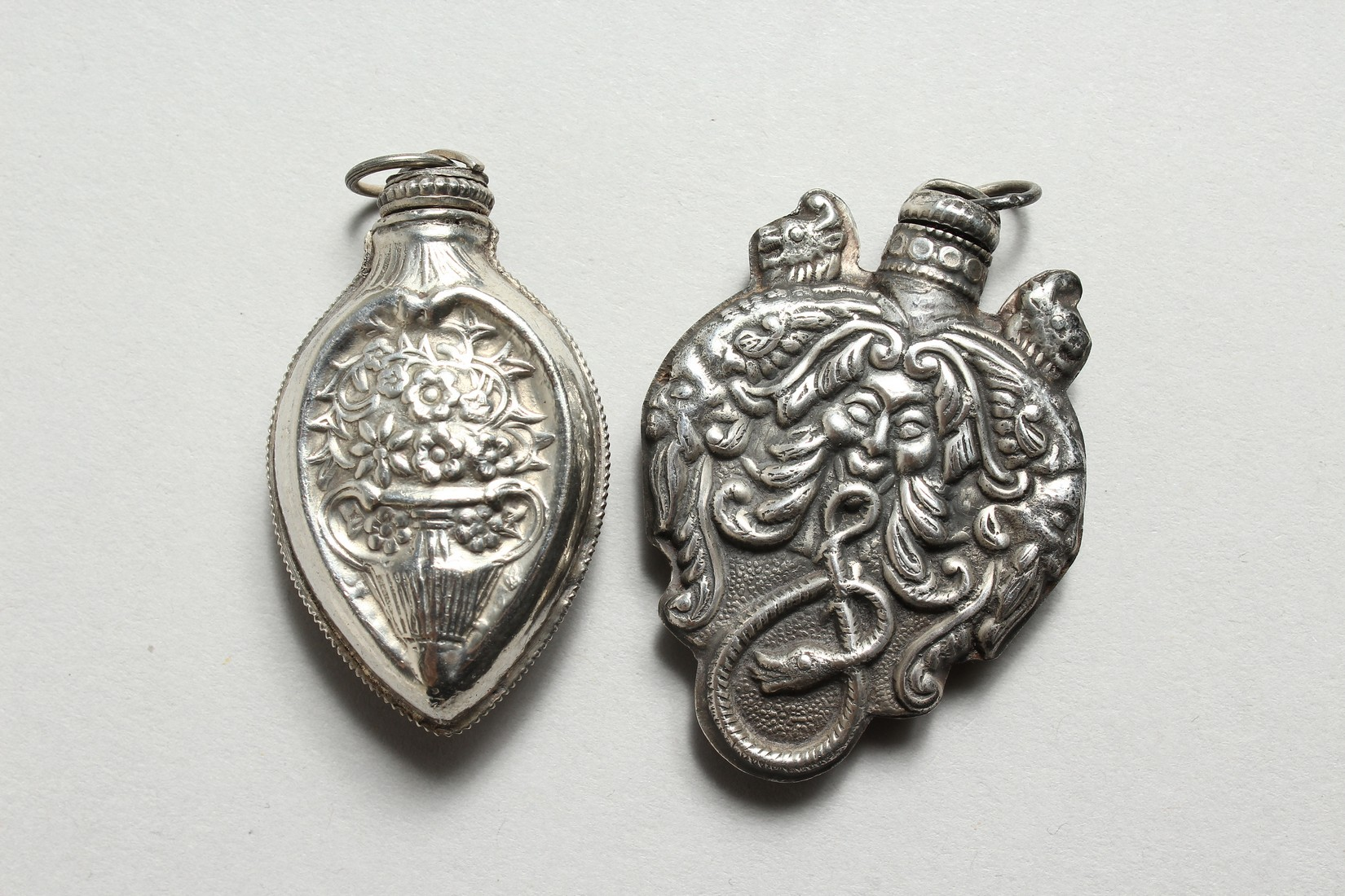 A NOVELTY SILVER PERFUME BOTTLE. - Image 2 of 2
