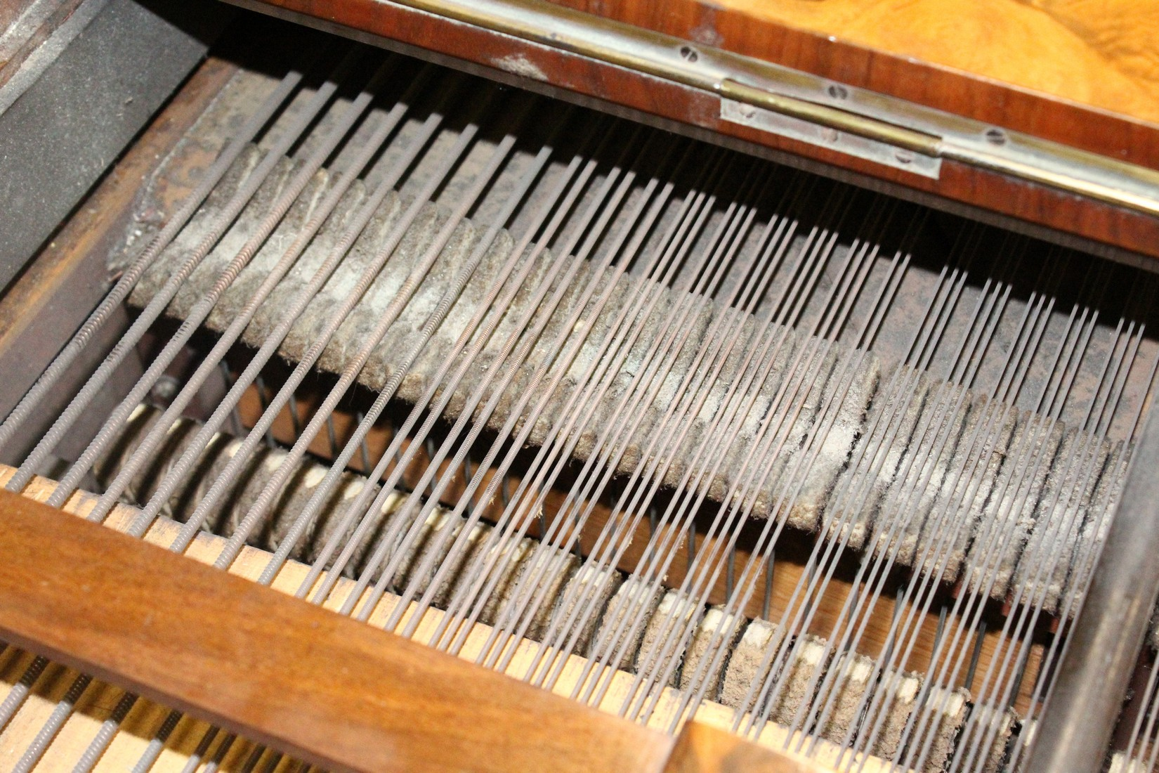 JOHN BROADWOOD & SONS, A good late 19th Centruy figured walnut Grand Piano, on turned and tapering - Image 18 of 19
