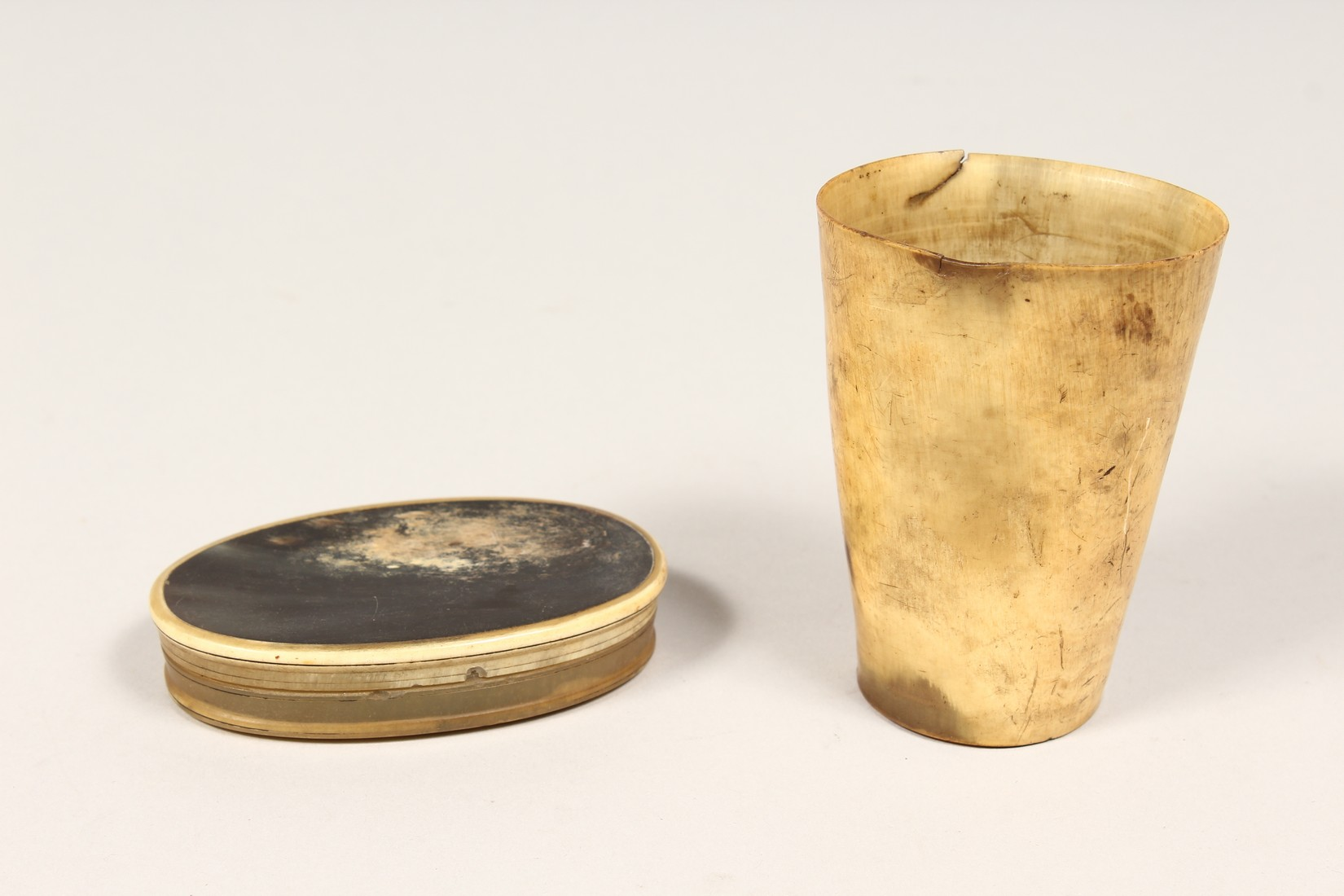 TWO OLD HORN PIECES - Image 2 of 3