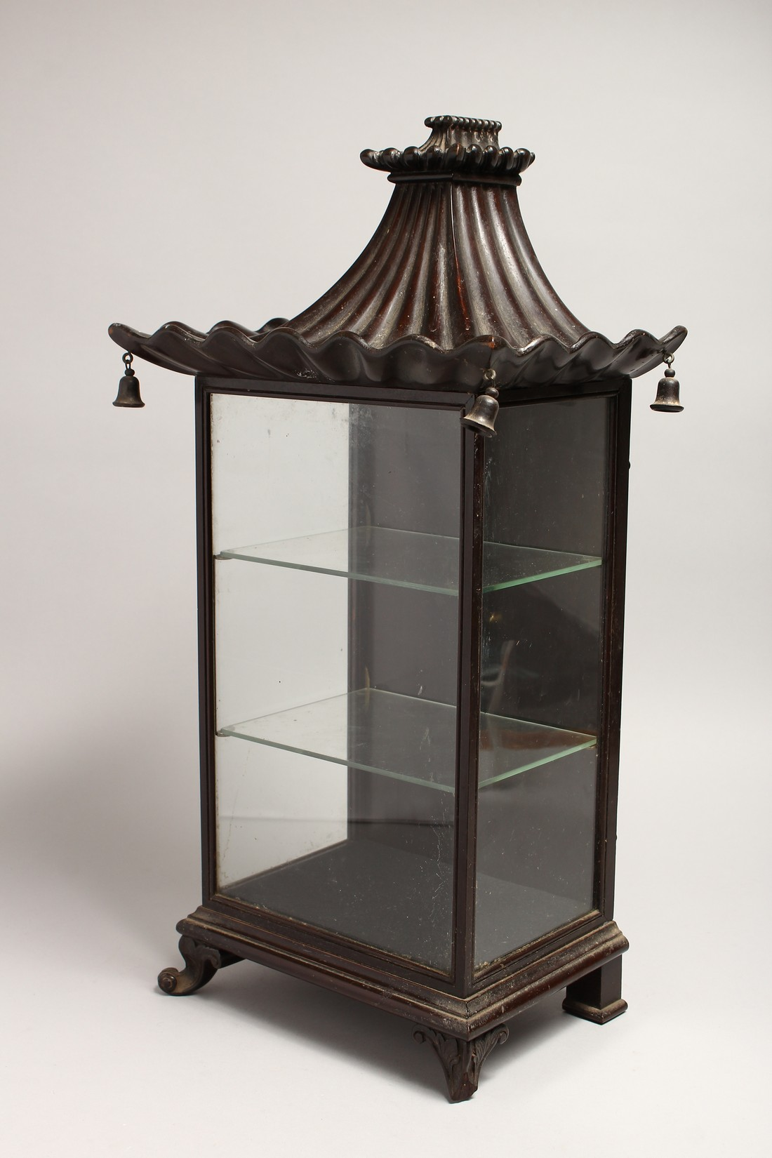 A GOOD GEORGIAN DESIGN CHINESE STYLE, SHOW CASE with Pagoda top hung with bells 20ins high, 8ins - Image 3 of 6