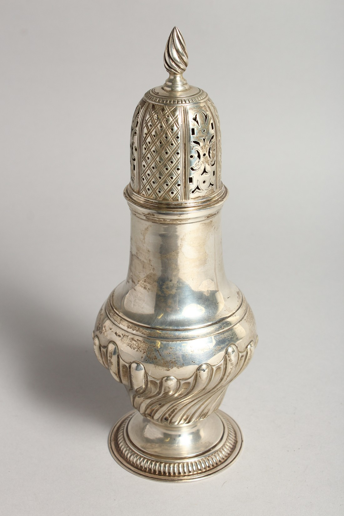 A LARGE SILVER PEDESTAL SUGAR CASTER, with wrythen fluted body, London 1894, 9.75ins high. - Image 5 of 7