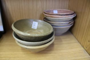 A quantity Chinese terracotta bowls.