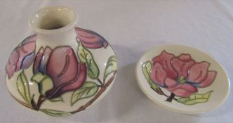 Boxed Moorcroft vase 'Magnolias' pattern H 10 cm with pin dish D 12 cm