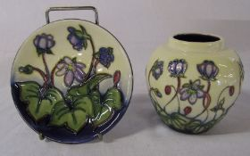 Boxed Moorcroft 'hepatica' pattern vase H 9 cm and pin dish