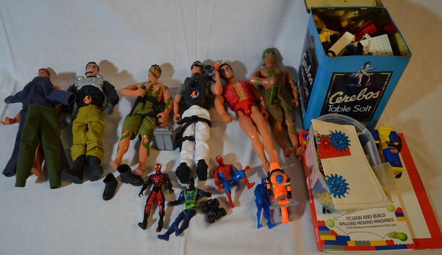 6 Action Man figures, comic book figures & vintage Lego