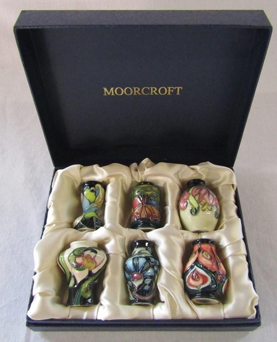 Moorcroft boxed set of 6 miniature vases H 5.5 cm
