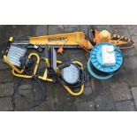 Landxcape electric hedge cutters, 3 builders lights & (**extension cable no longer in this lot)