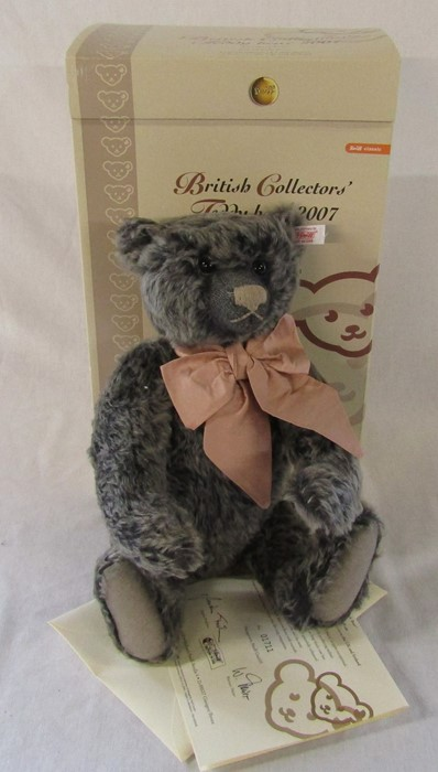 Steiff British Collectable teddy bear 2007 'Old black bear', grey tipped, L 40 cm, limited edition