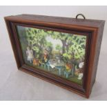 Hantel Alice in Wonderland Mad Hatters tea party miniature in display case L 18.5 cm