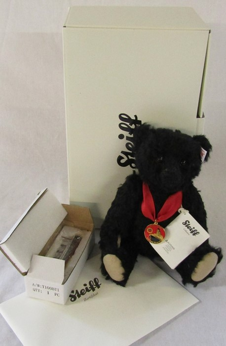 Steiff Titanic centenary bear, black, H 26 cm, limited edition no 2559 by Danbury Mint, complete
