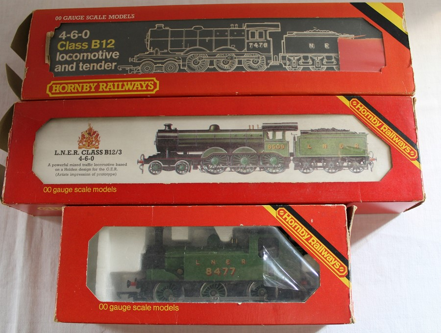 Hornby LNER Class B12/3 4-6-0 locomotive x 2 & tank steam locomotive R252 Class J83 0-6-0 LNER Green