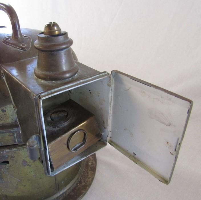 A brass ship's binnacle with spirit lamp PATT.0183 no 21183K H 26 cm - Image 3 of 7