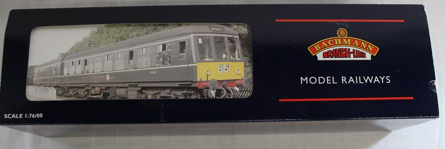 Bachmann Branch-Line boxed OO gauge 32-900A class 108 2 car DMU set BR Green with speed whiskers