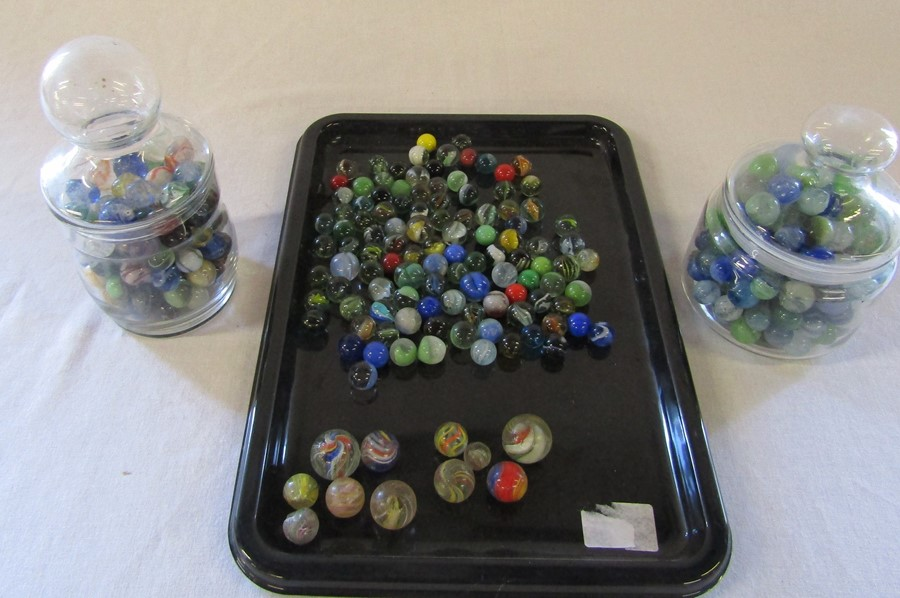 Selection of assorted marbles inc some early examples
