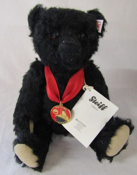 Steiff Titanic centenary bear, black, H 26 cm, limited edition no 2559 by Danbury Mint, complete - Image 2 of 2
