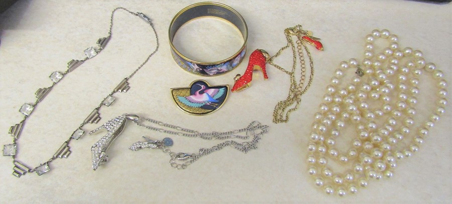 Michaela Frey enamel bangle and pendant, silver Art Deco style necklace and a string of pearls L 120