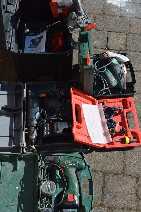 Milwaukee M18 circular saw, Bosch PM580A multi sander and 2 Bosch drills - Image 2 of 2