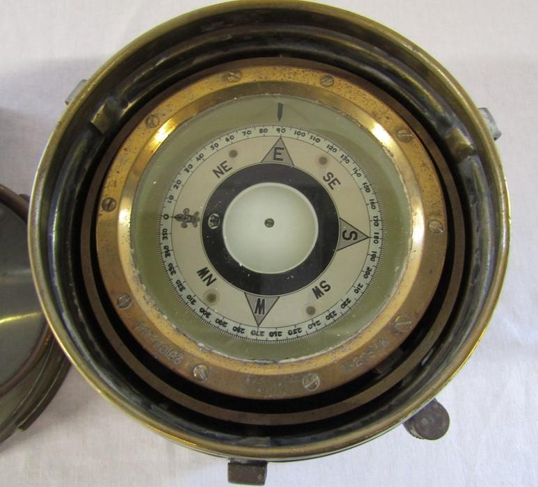 A brass ship's binnacle with spirit lamp PATT.0183 no 21183K H 26 cm - Image 5 of 7
