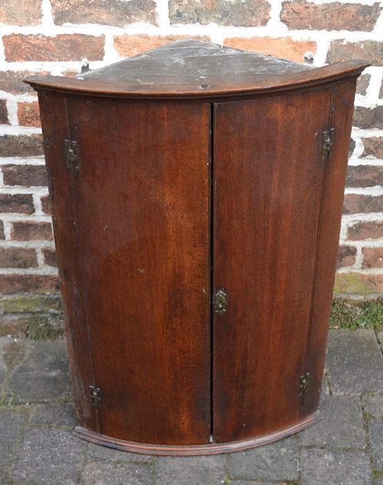 Small oak Georgian mahogany bow fronted corner cupboard Ht86cm W61cm