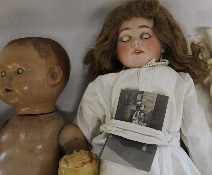 Large Armand Marseille bisque head doll with composition body (1 lower limb un-strung) sleeping eyes - Image 2 of 11