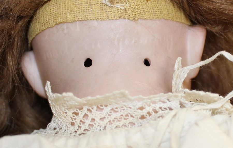Large Armand Marseille bisque head doll with composition body (1 lower limb un-strung) sleeping eyes - Image 5 of 11