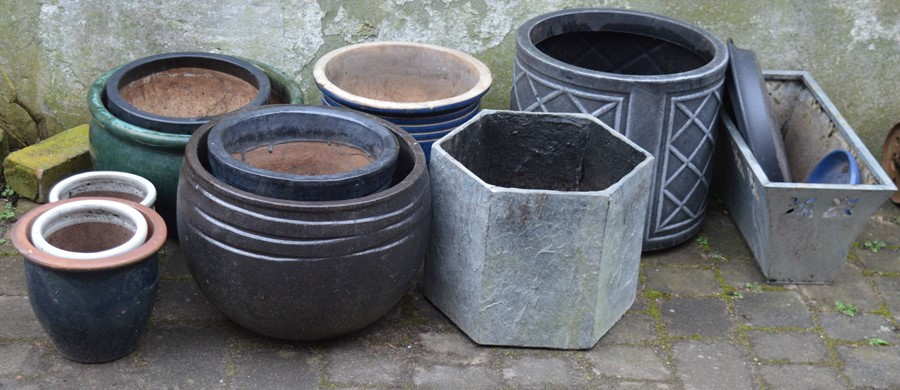Various planters