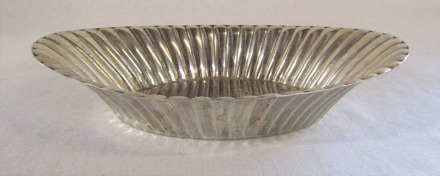 Silver oval dish L 25 cm by American makers Reed & Barton, marked Reed & Barton Sterling X300, - Image 2 of 2