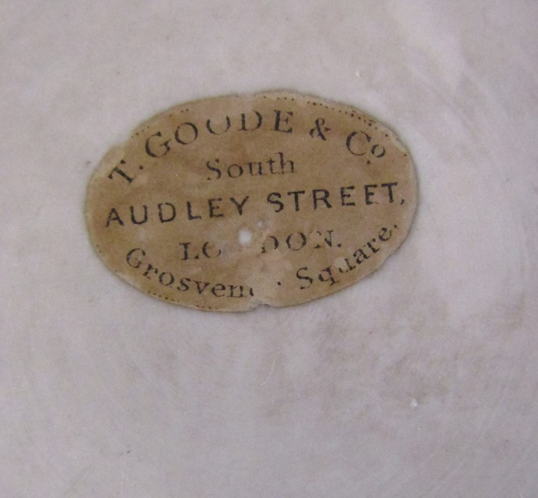 Hand painted wall plaque decorated with owls, with T Goode & Co South Audley Street London Grosvenor - Image 3 of 9