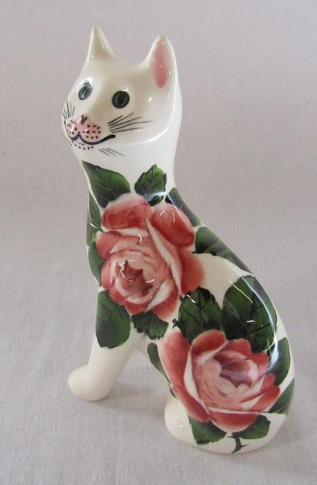 Wemyss G Hill Pottery cat, cabbage rose pattern, H 18 cm - Image 3 of 4