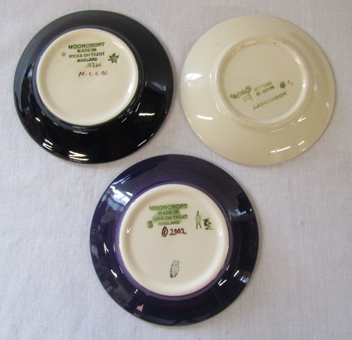 3 Moorcroft pin dishes (one boxed) inc magnolia and Mackintosh roses patterns D 12 cm - Image 2 of 3