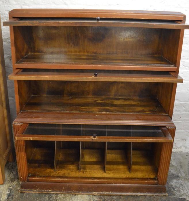 Globe Wernicke style bookcase Ht 108cm W 90cm - Image 2 of 2