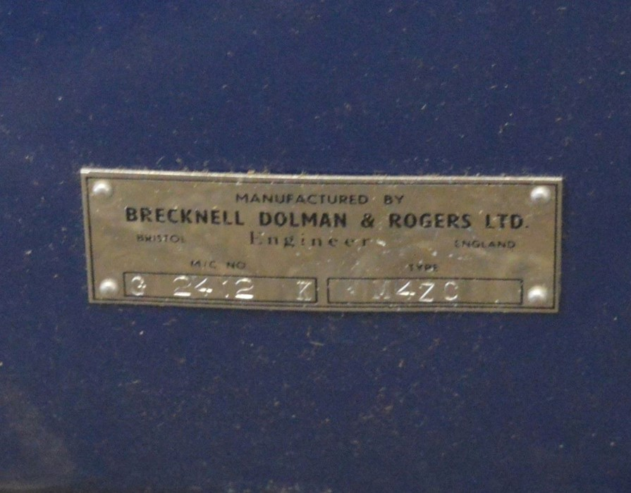 Never used Senior Service cigarette vending machine by Brecknell, Dolman & Rogers Ltd with stand - Image 4 of 4