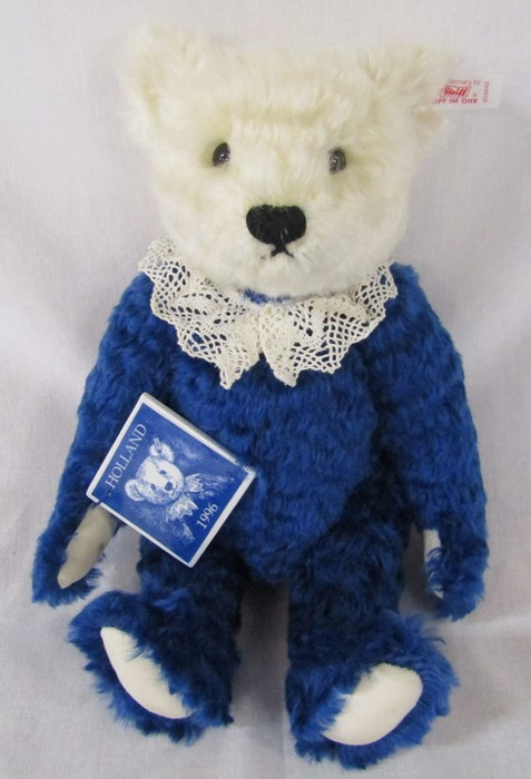 Steiff Holland Delfter teddy bear, white and blue, L 32 cm, 1996, limited edition 335/1500 - Image 2 of 2