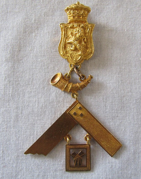 Early 20th century 18ct gold Masonic medal awarded to Frederick Morris Hartung and Carl Hartung, (