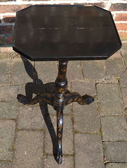 Lacquer teapoy/box on pedestal tripod stand with gilded decoration - Image 4 of 5