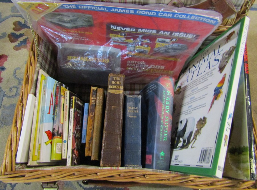 Wicker picnic hamper containing various books inc Harry Potter, The Home Workshop, Bleak House and - Image 2 of 2