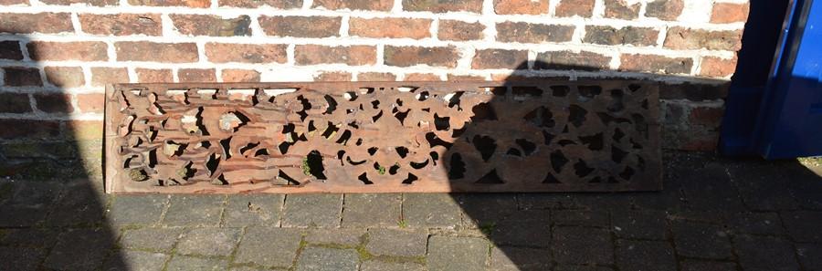 Carved wooden panel L 156 cm D 32 cm - Image 2 of 2