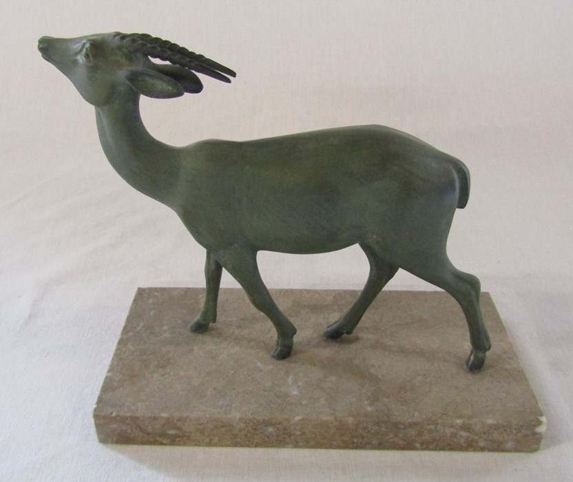 Art Deco bronze of a gazelle on a marble base L 19 cm H 17.5 cm - Image 2 of 4