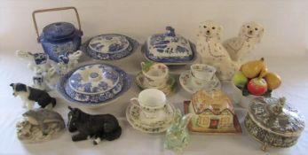 Various ceramics inc blue and white, Paragon, Duchess, Capodimonte and Leonardo