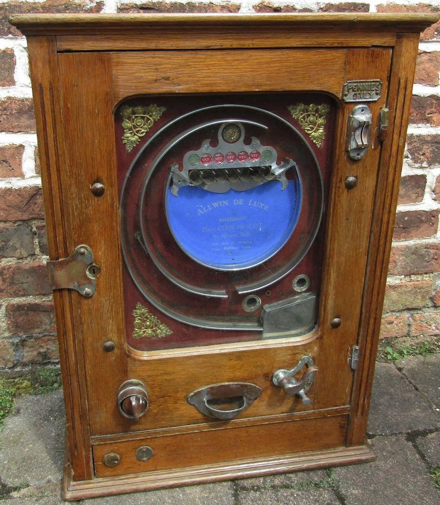Sale of Antiques, Furniture, Ceramics, Pictures, Gold, Silver and Jewellery etc