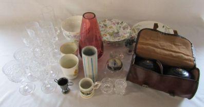 Various ceramics inc M&S Spring blooms, glassware and bowls