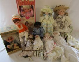 Selection of vintage dolls inc German dolls, boxed Tickles doll and miniature Japanese dolls