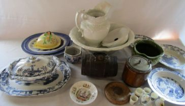 Assorted ceramics inc toilet set, Carlton ware and crested china, wooden biscuit barrel and drinks