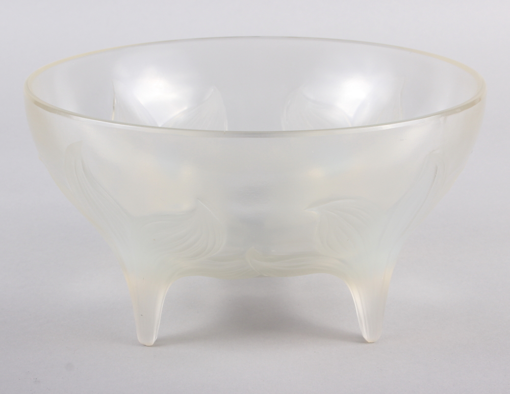 "An R Lalique ""Lys"" pattern opalescent glass bowl, on four raised feet, 9 1/2"" dia (chip) - Image 9 of 9"