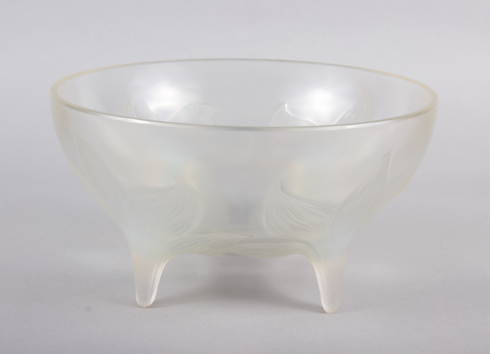 "An R Lalique ""Lys"" pattern opalescent glass bowl, on four raised feet, 9 1/2"" dia (chip) - Image 2 of 9"