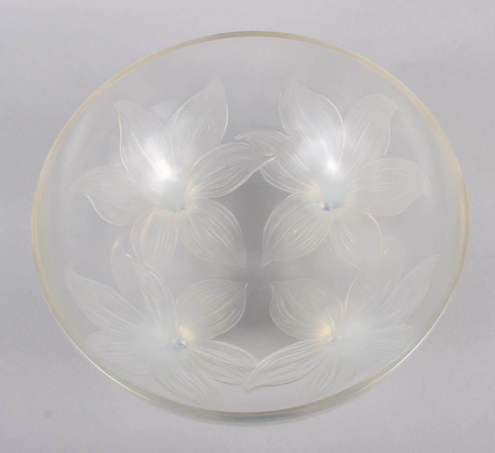 "An R Lalique ""Lys"" pattern opalescent glass bowl, on four raised feet, 9 1/2"" dia (chip) - Image 7 of 9"