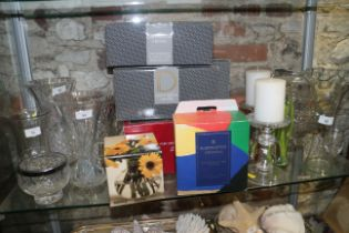 A quantity of glassware, including a Dartington Crystal glass, in box, a pair of candlesticks,